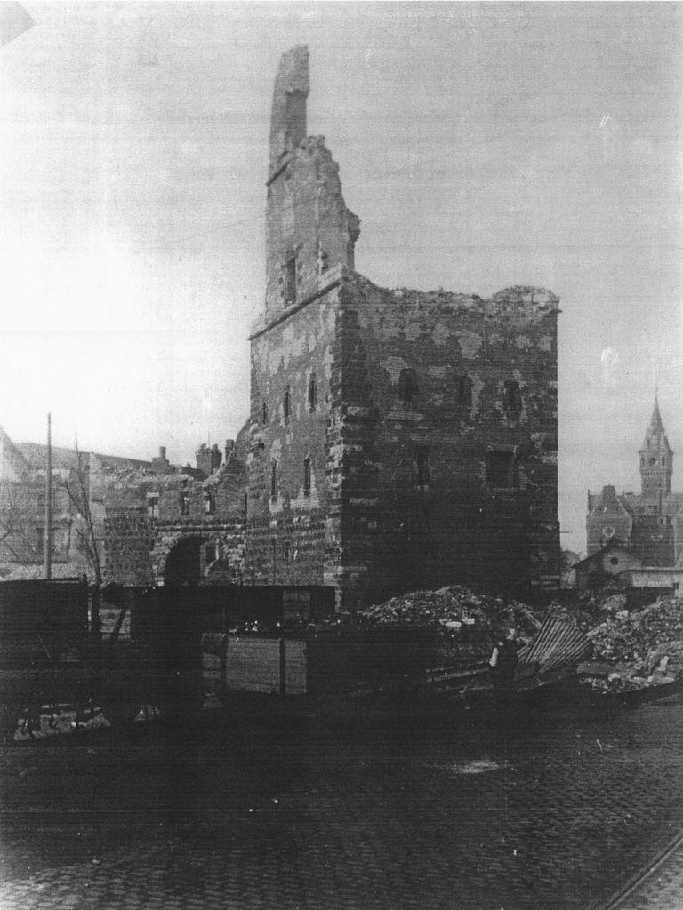 Bayenturm Zustand 1945 (Turmbuch)