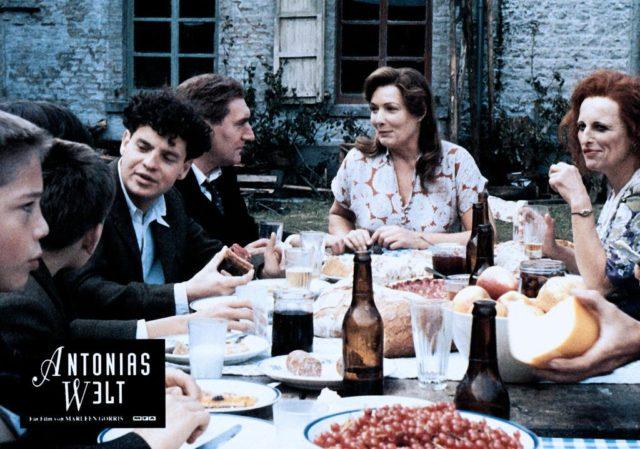 """Szenenfoto aus dem Film von Marleen Gorris """"Antonias Welt"""", 1995"""