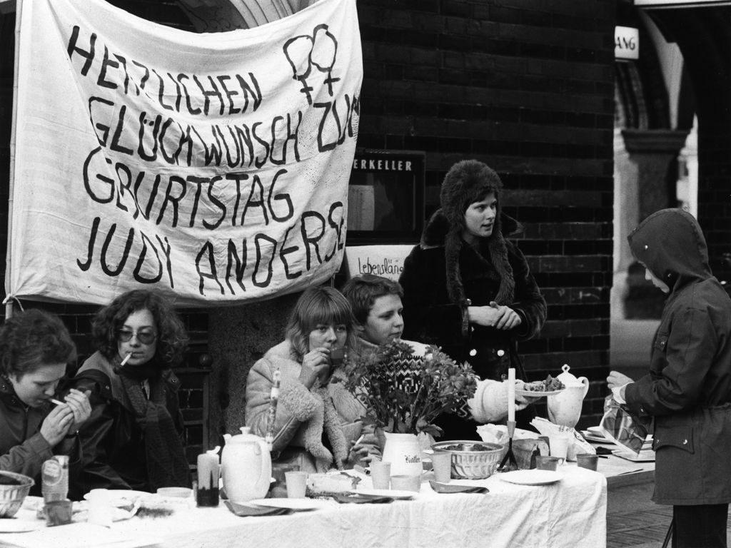 Solidaritätsaktion mit Judy Andersen, Bildquelle: EMMA-Archiv