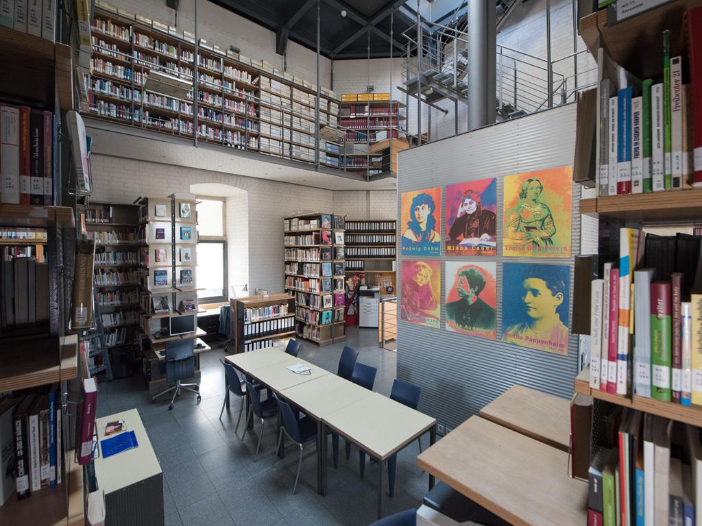 Bibliothek FMT im Bayenturm, Copyright: FMT