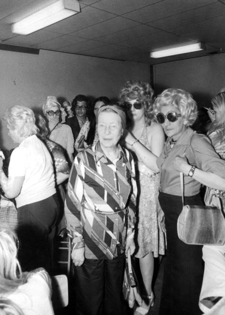 Simone de Beauvoir beim Protest von Prostituierten in Lyon, 1975 © Artault-Gamma, Michel