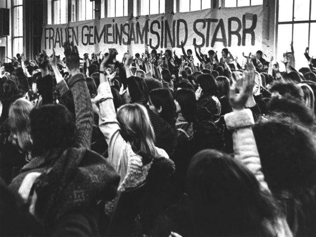 Frauenkongress 1970er Jahre, Bildquelle: EMMA-Archiv, © Inge Werth (FMT-Signatur: FT.02.0246)
