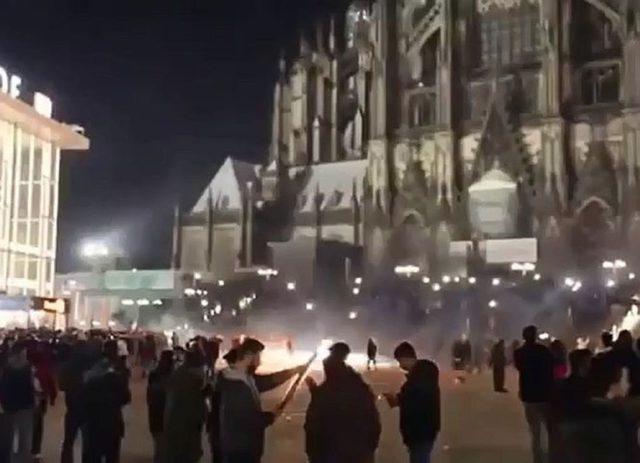 Silvesternacht Köln 2015/2016, Quelle: EMMA-Archiv