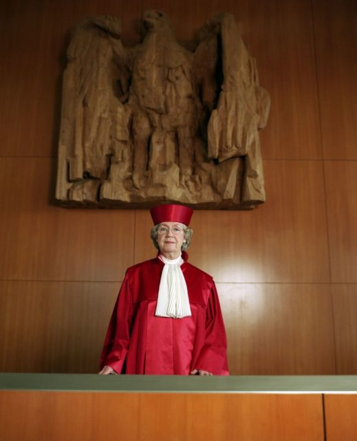 © Bettina Flitner, Jutta Limbach, Juristin, ehemalige Richterin im Bundesverfassungsgericht Karlsruhe, 17.6.2001