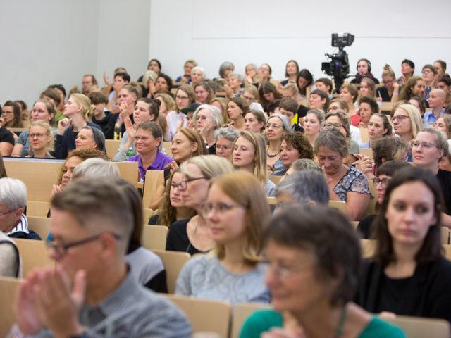 Feministische Sommeruni 2018 voller Hoersaal ©Digitales Deutsches Frauenarchiv/Tanja Schnitzler