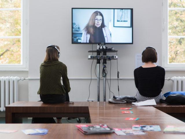 Feministische Sommeruni Installation Löwenlounge © Digitales Deutsches Frauenarchiv/Tanja Schnitzler
