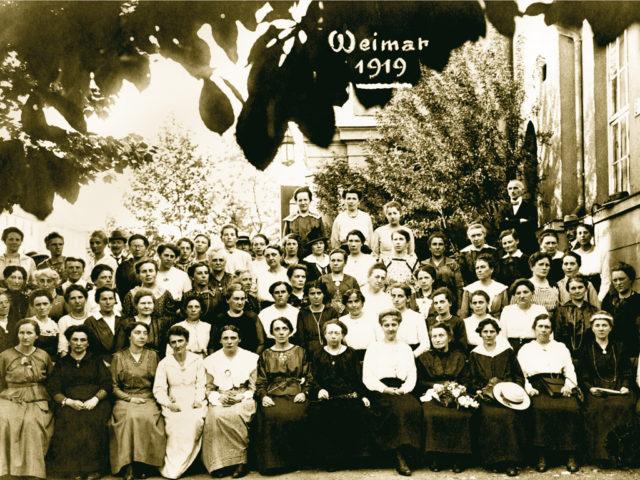 Die ersten Parlamentarierinnen, Weimar 1919, Quelle:FMT (Signatur FT.03.0486)